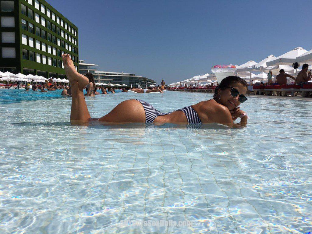 נערת ליווי מקס – הבחורה הכי נדירה מחכה בחיפה
