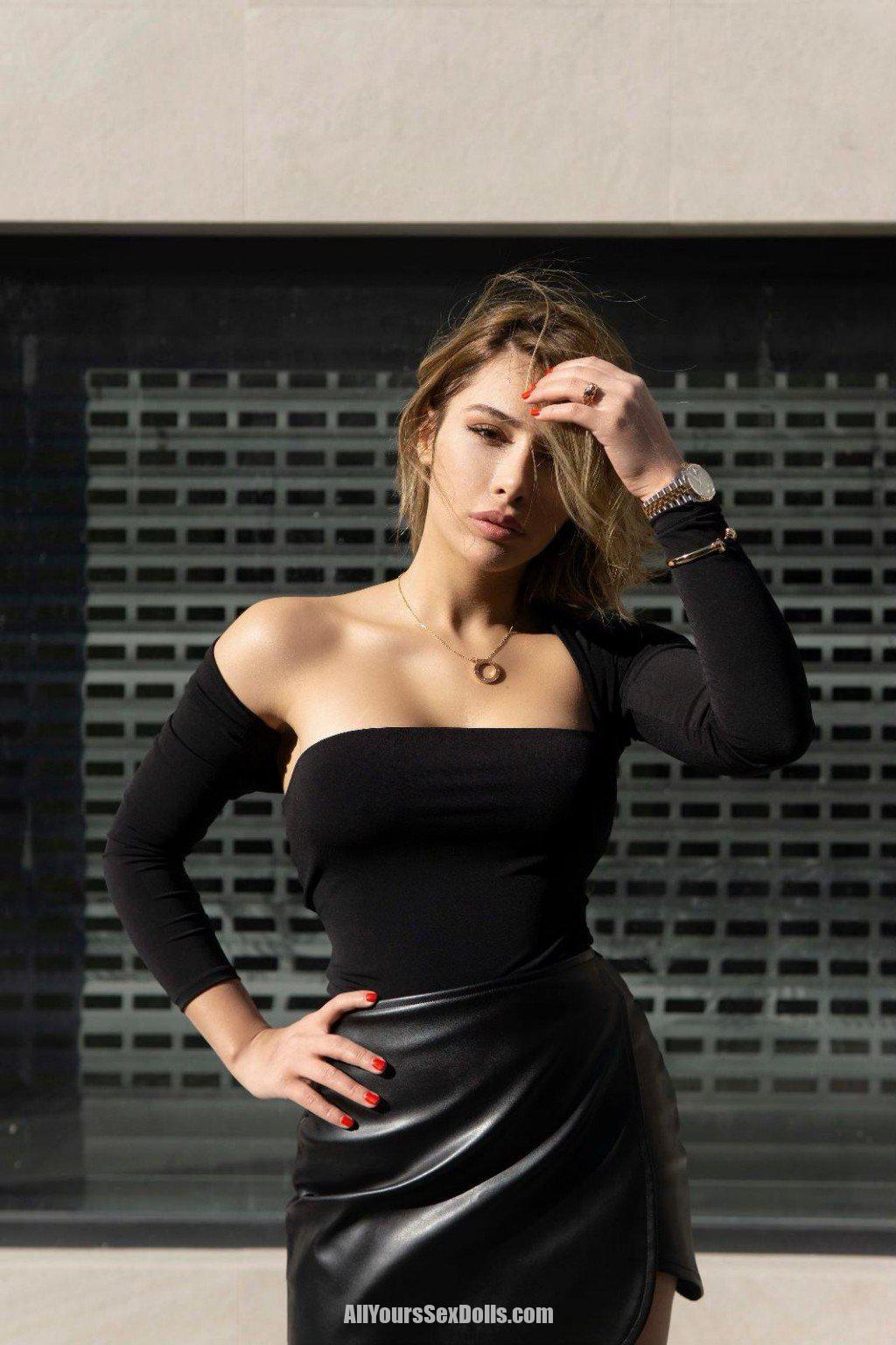 נערת ליווי רייזל – המעסה הכי פצצה נחתה באזור תל אביב